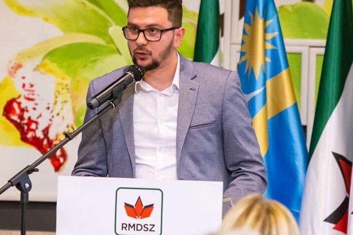 Ittas vezetésen érték Oltean Csongor ifjúsági államtitkárt, lemondott tisztségéről