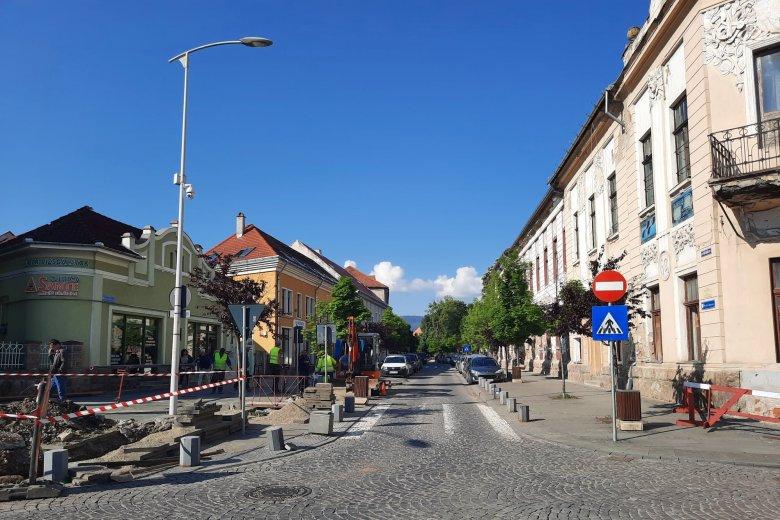 Gázvezetékcsere miatt lezárják jövő héttől a csíkszerdai Petőfi utca felső szakaszát