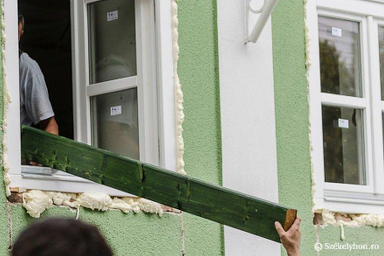 Mi zavar, és mi nem? Például ne legyenek a belvárosban műanyag ablakkeretek