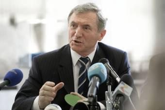 Bíróságon kéri Augustin Lazăr az ellene folyó leváltási eljárás megszüntetését