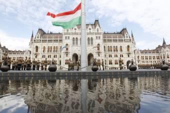 Erdélyi diákok is részt vesznek a nemzeti összetartozás napi programokon Budapesten