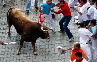 Tizenkét ember esett eddig a bikafuttatás áldozatává Pamplonában