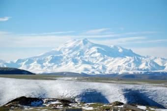 Cserbenhagyták az orosz alpinistákat, öten életüket vesztették