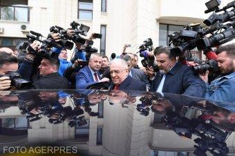 Elindult a bűnvádi eljárás Iliescu ellen – Ügyészség: a volt államfő katonai eszközöket alkalmazott diverziós céllal