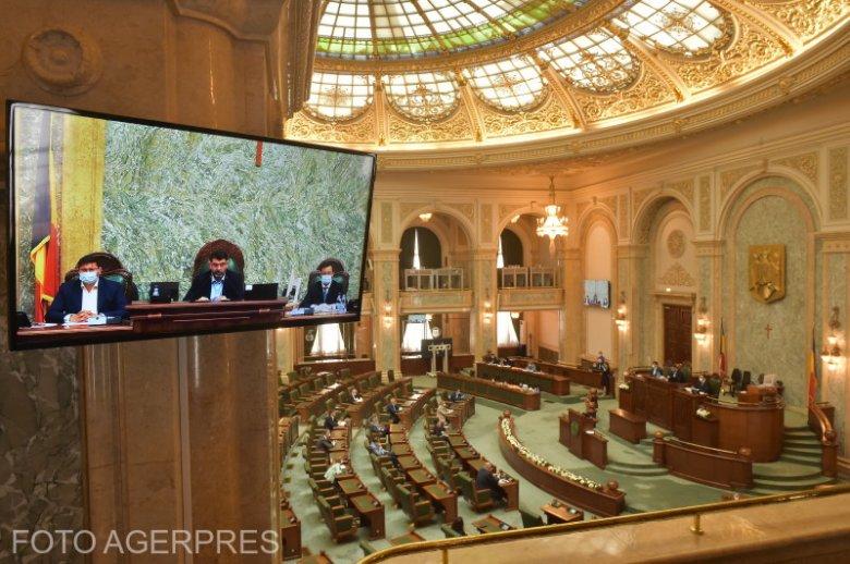 Leszavazta a szenátus a területi autonómiát célzó törvénytervezetet