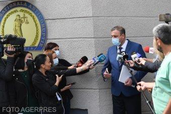 Túlórapénz: bűnvádi eljárás indult a román csendőrség parancsnoka ellen