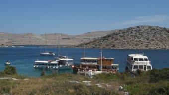 Horvátország is elengedi a karantént a beoltott turistáknak