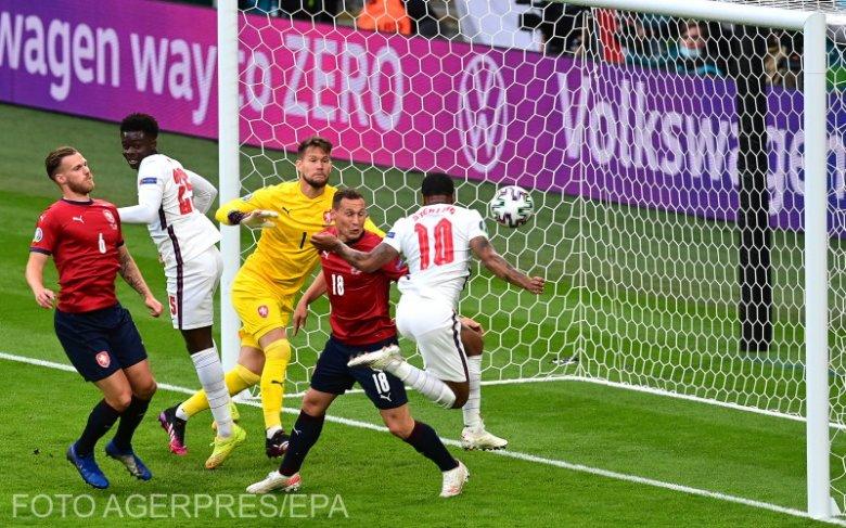 Az angoloknál csak Sterling tud gólt szerezni, így is megnyerték csoportjukat