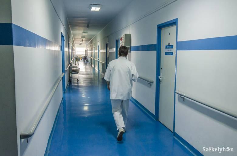Megtörtént az első lépés: hét lélegeztetőgépet vásárol a csíkszeredai önkormányzat a kórháznak