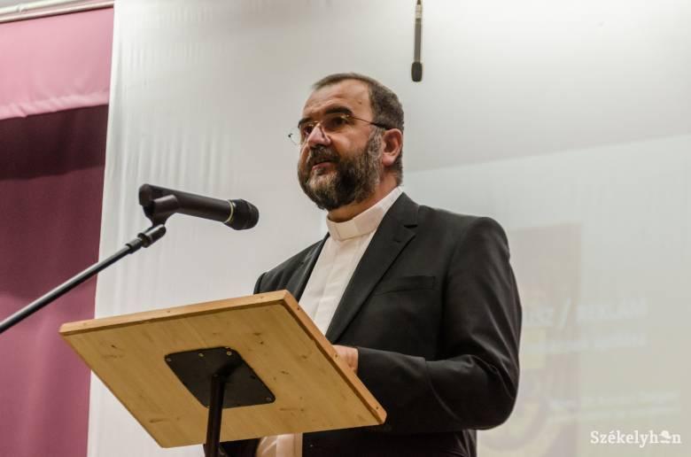 Gianfranco Ravasi bíboros szenteli fel a Gyulafehérvári Főegyházmegye új érsekét