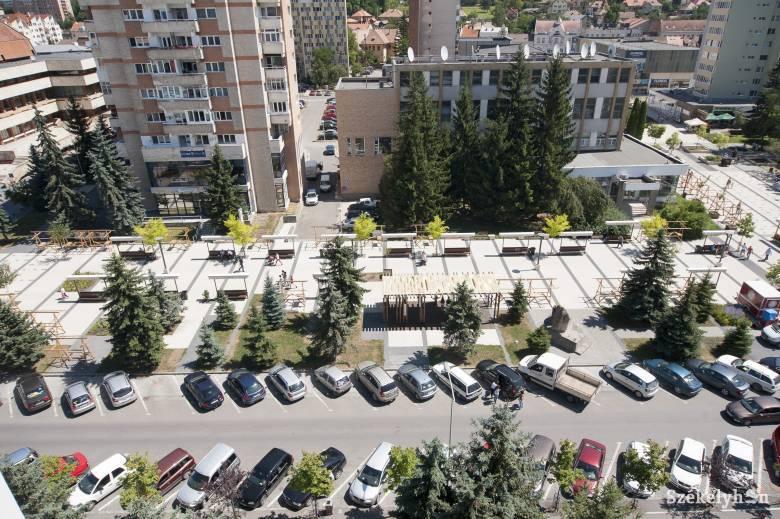 Városnapok alatt néhány utcában felejtős a parkolás