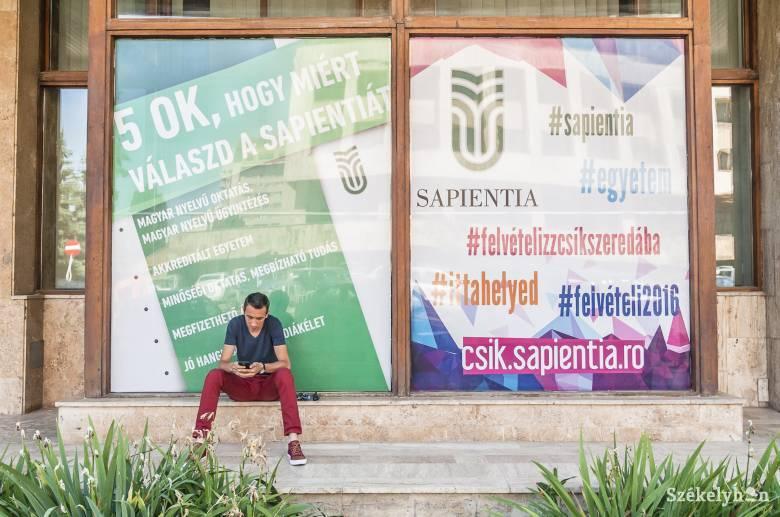 Tarolt a gazdaság a csíki Sapientián