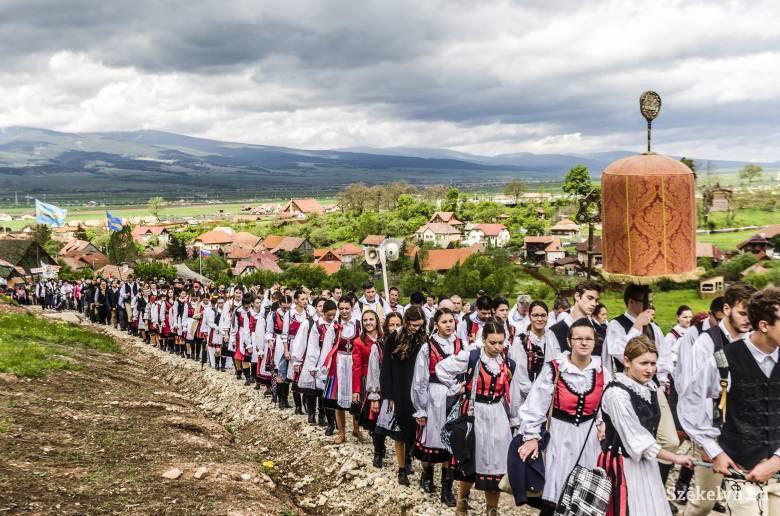 Pünkösdi búcsú az ifjúság évében: közzétették a csíksomlyói zarándoklat liturgikus programját