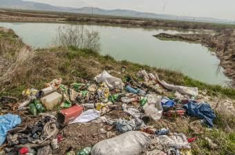 Az Európai Bizottság felszólította Romániát a hulladékgazdálkodási irányelv betartására