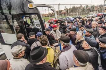 A jelentkezők számától függ, hány autóbuszt indítanak Marosvásárhelyre