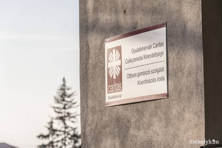 Az idősek ellátásával, online tanácsadással folytatja tevékenységét a Gyulafehérvári Caritas
