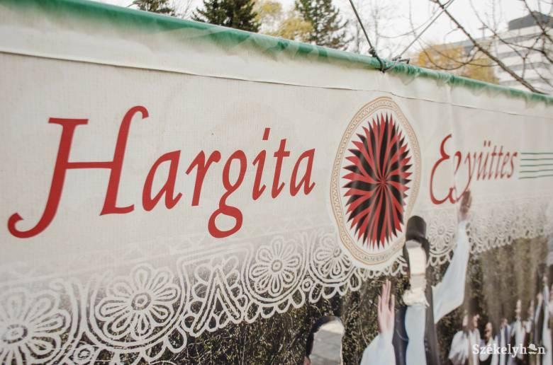 Pótolni, ami már korábban megvolt: négy munkakörbe keres szakembereket a Hargita Nemzeti Székely Népi Együttes