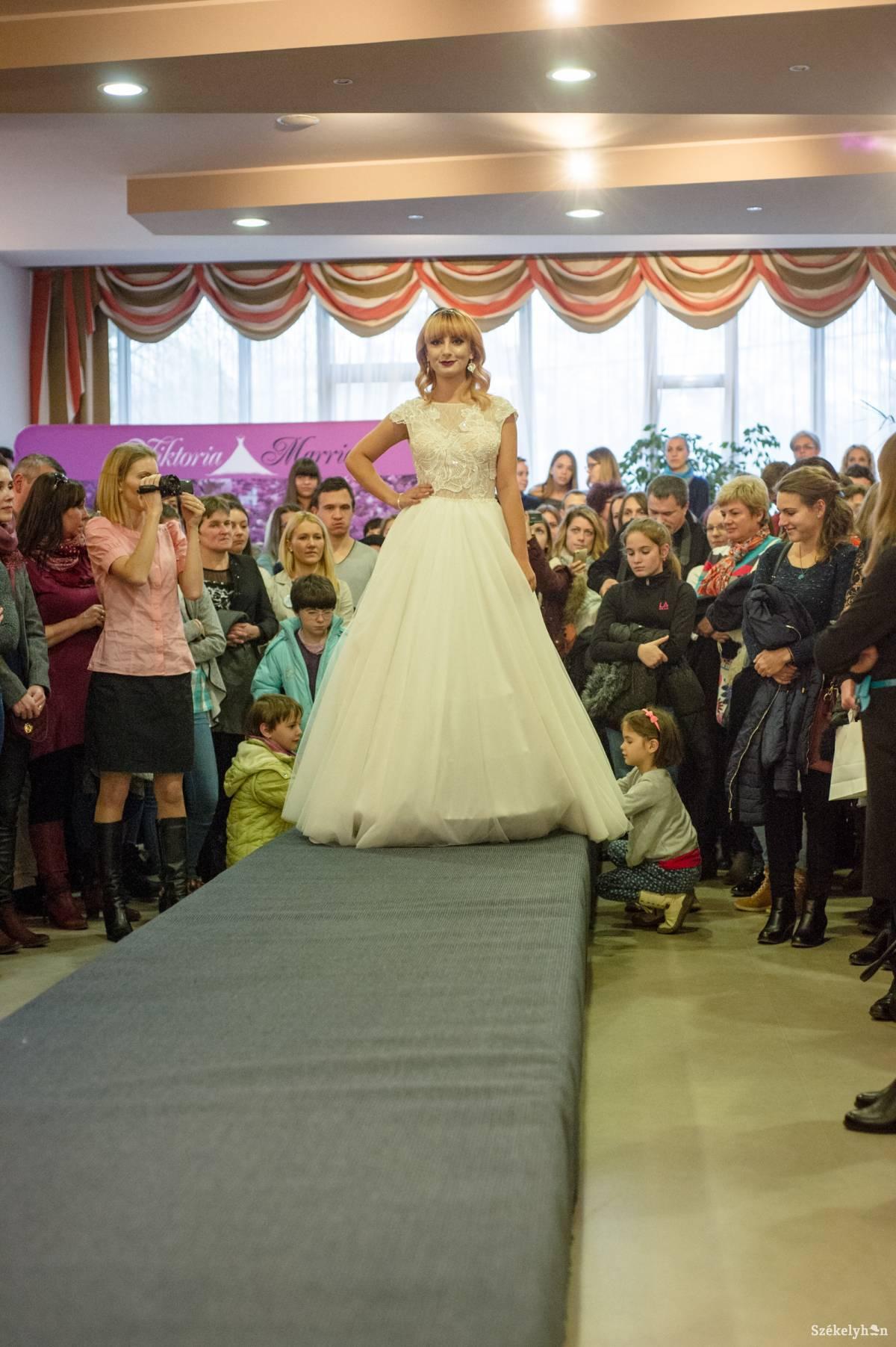 A tökéletes esküvőért 524a452c29