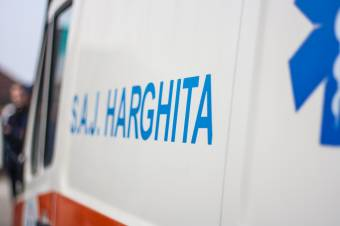 Benzinnel próbált tüzet gyújtani egy kiskorú, súlyosan megsérült