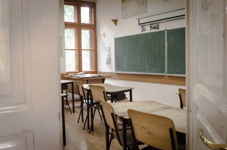 Szabadnapot kaphatnak a szülők, amennyiben nem vihetik iskolába a gyereküket