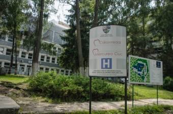Intézkedések a zarándokok kórházi ellátásának biztosítása érdekében