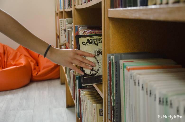Könyveket gyűjt a sepsiszentgyörgyi könyvtár, hogy ajándékozhasson