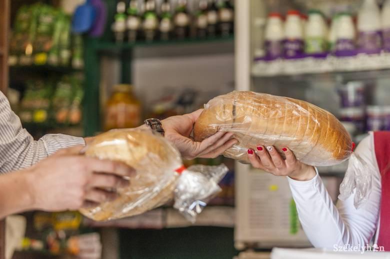 """A kenyeret és kiflit is """"végigtapogatják"""" azzal a kezükkel, amellyel a pénzt számolták"""