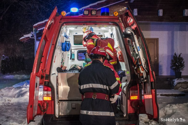 Fiatal nő és kisgyerek szenvedett égési sérüléseket