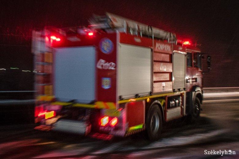 Tűz ütött ki egy csíkszeredai házban
