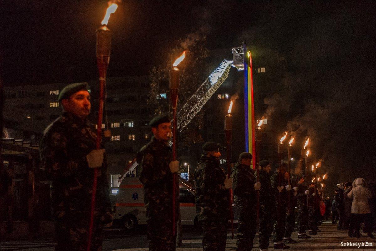 https://media.szekelyhon.ro/pictures/csik/aktualis/2018/01_december/o_dec1-centenarium-csikszereda-pnt-7.jpg