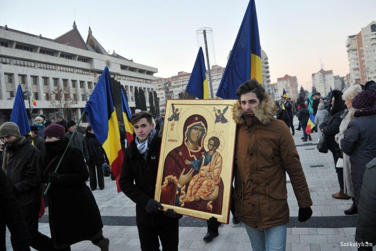 https://media.szekelyhon.ro/pictures/csik/aktualis/2018/01_december/o_roman_100_belo14.jpg