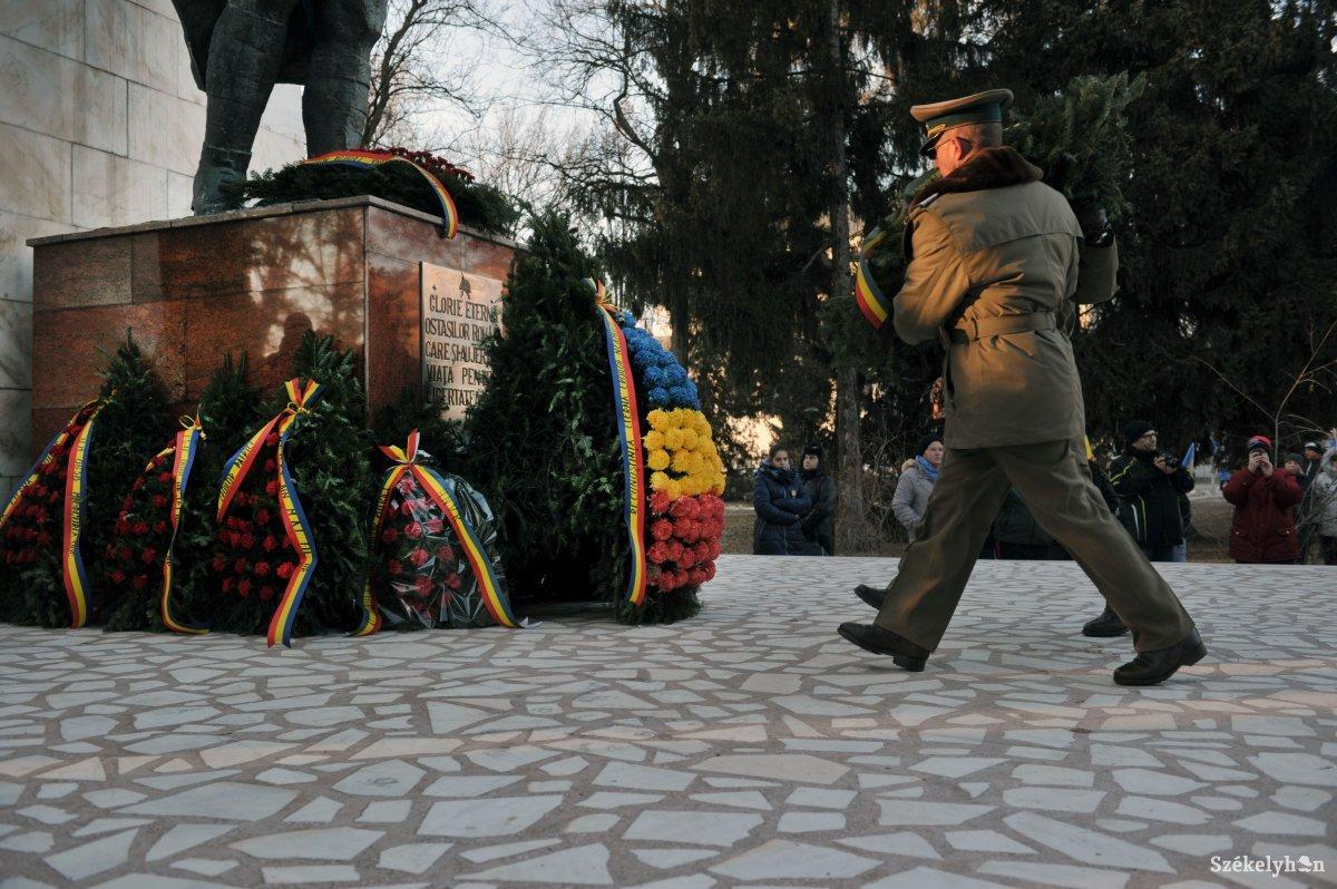 https://media.szekelyhon.ro/pictures/csik/aktualis/2018/01_december/o_roman_100_belo34.jpg