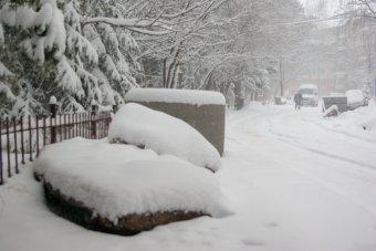 Több megyében felfüggesztették az oktatást a havazás miatt