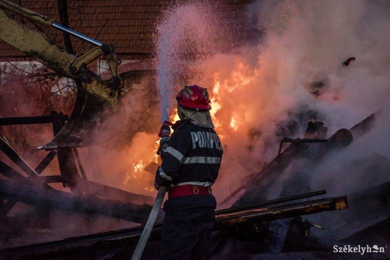 Mozgalmas volt az elmúlt huszonnégy óra a Maros megyei tűzoltók számára