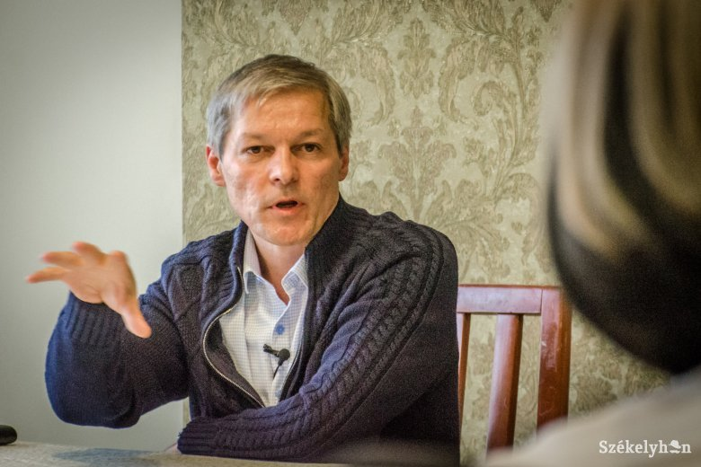 Cioloş szerint elfogadhatatlan a miniszter leváltásának módja, USR-esek a kormányfő fejét akarják