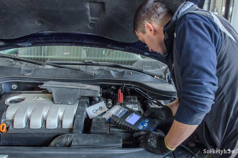Műszaki vizsga és kötelező autóbiztosítás – ha lejár, meg kell újítani a szükségállapot idején is