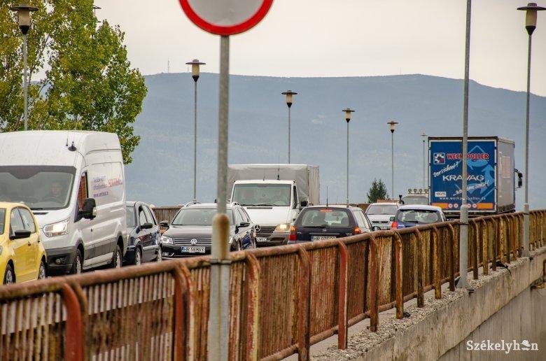 Többe kerül a tervezettnél a felüljáró híd újjáépítése