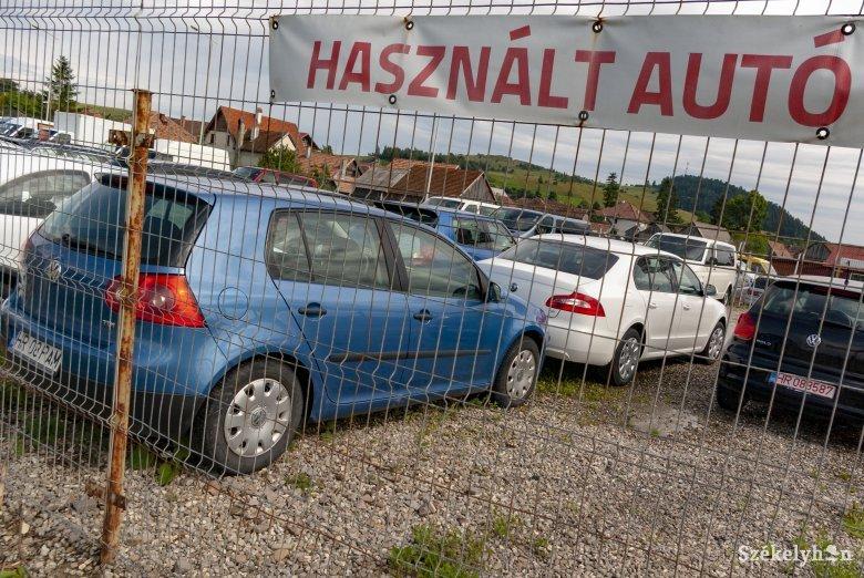 """A Volkswagen az erdélyi """"népautó"""", a gépkocsipark csaknem 78 százaléka 12 évesnél idősebb"""