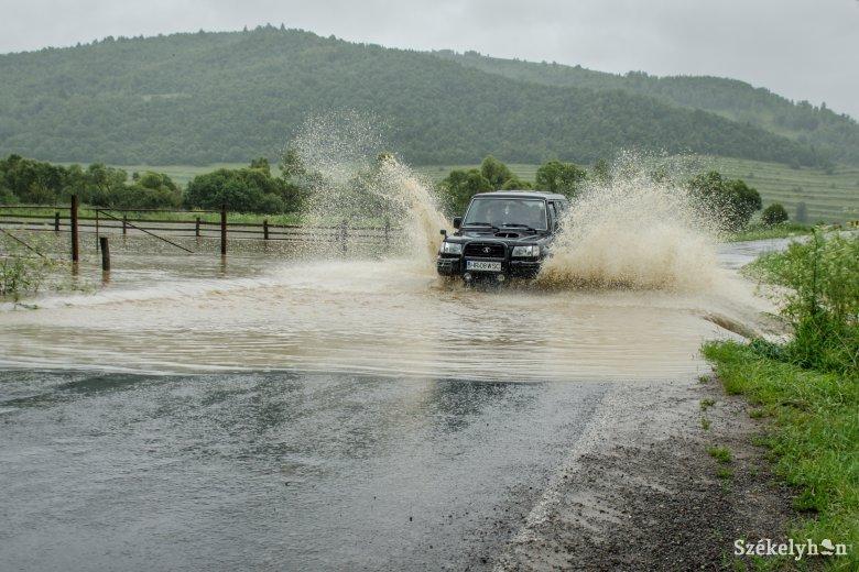 Másodfokú árvízriadó Kovászna megyében