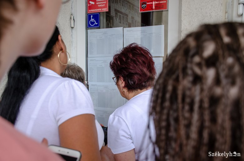 Cîmpeanu: a szülők formanyomtatvány kitöltésével nyilatkoznak majd, hogy hajlandók-e beoltatni gyermeküket