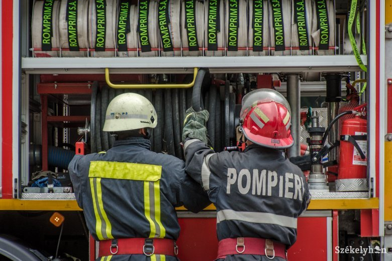Kigyúlt egy lakóház Borszéken, egy személy megsérült