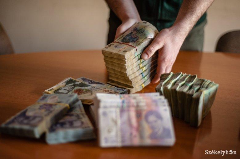 A nyugdíj melletti jövedelemhalmozás ellen emelt szót a kormányfő