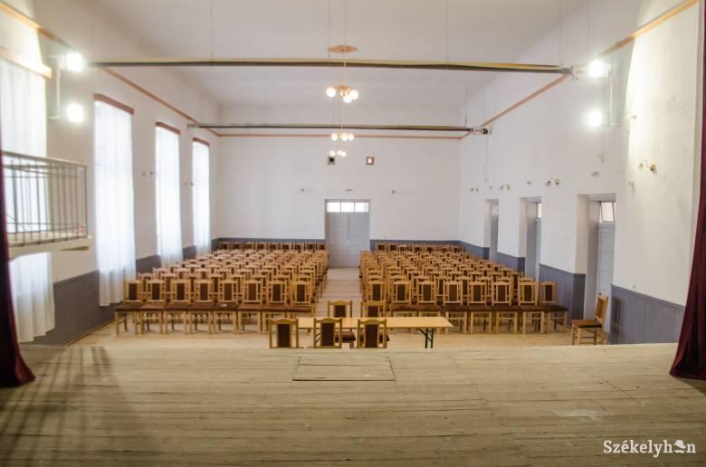 Ötmillió lej a csíkborzsovai művelődési ház felújítására