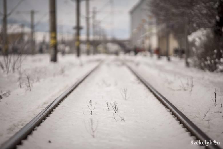 Elsodort a vonat egy fiatalt Gyergyószentmiklóson