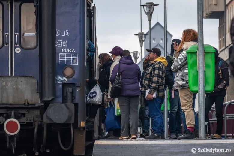 Új vasúti menetrend: a Corona megújul, a Hargita továbbra is elkerüli Marosvásárhelyt