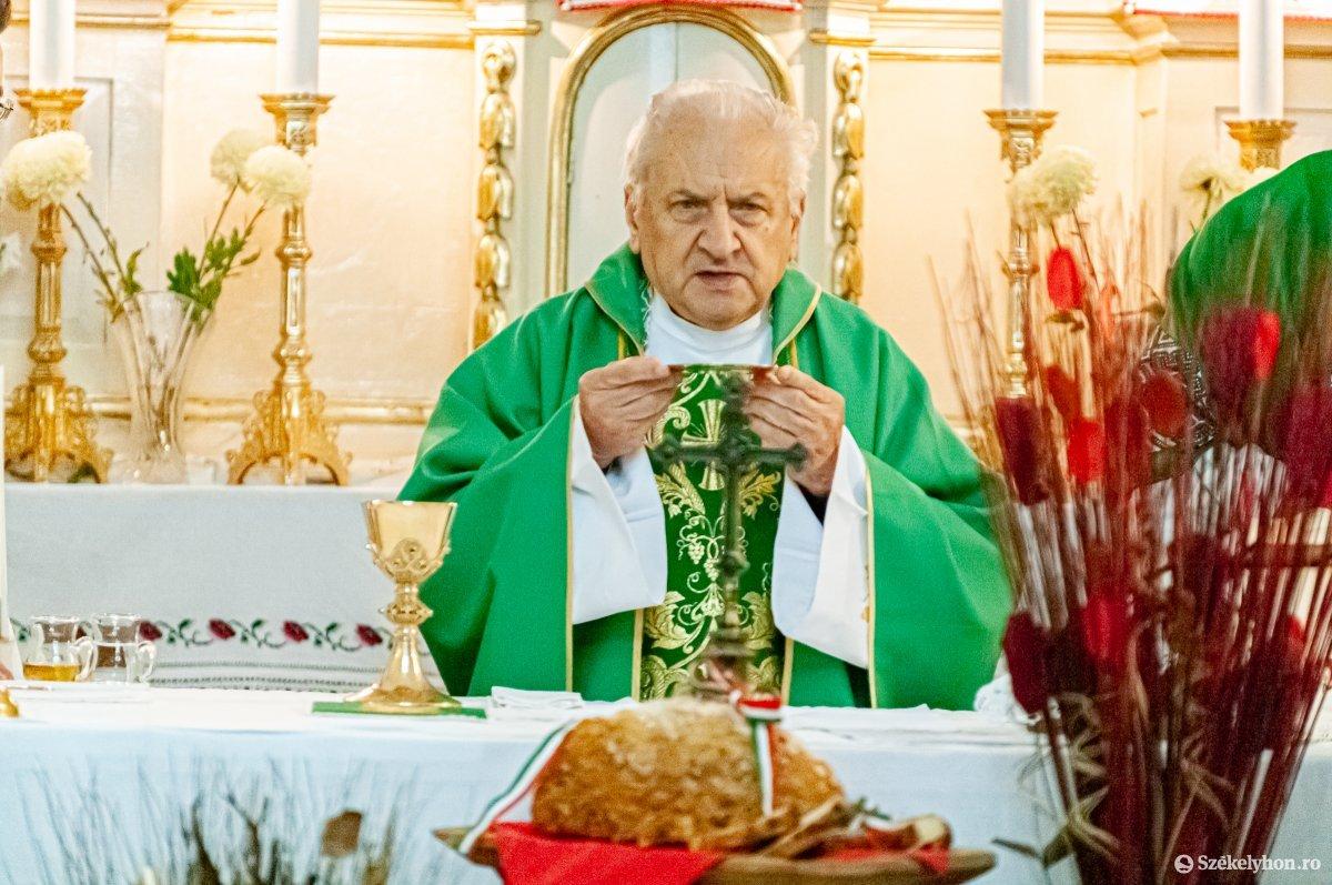 https://media.szekelyhon.ro/pictures/csik/aktualis/2019/02_november/o_lezsak_sandor_gyimeskozeplok-ga-4.jpg