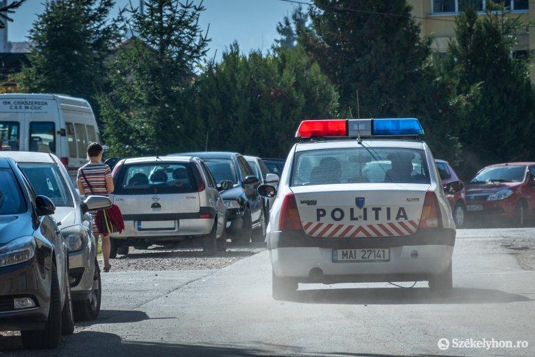 Cigizés szünetben: csíkszeredai középiskoláknál ellenőrizte a diákokat a rendőrség