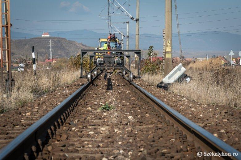 Kihallgatta a DNA a menesztett CFR-igazgatót, aki elutasította a Brassó–Segesvár-vasútvonal fejlesztését