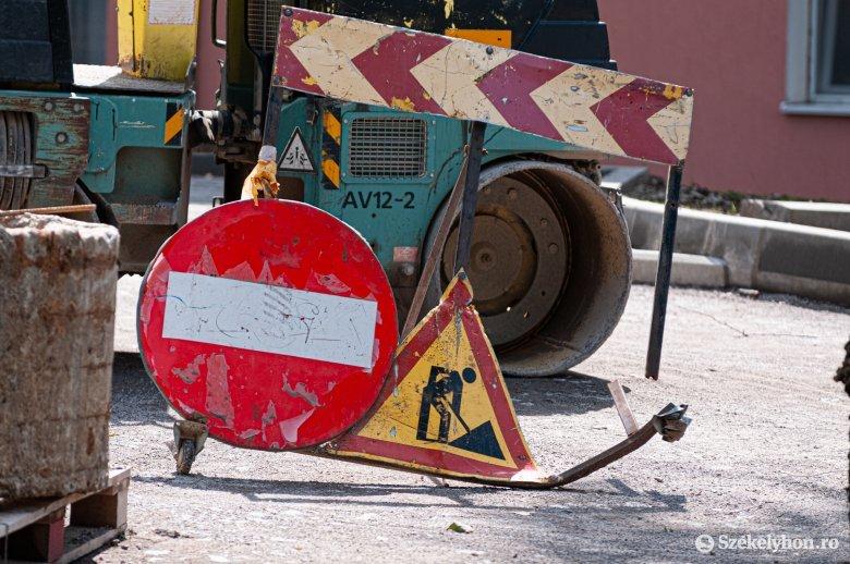 Munkaügyi minisztérium: folyamatosan nő a felbontott munkaszerződések száma