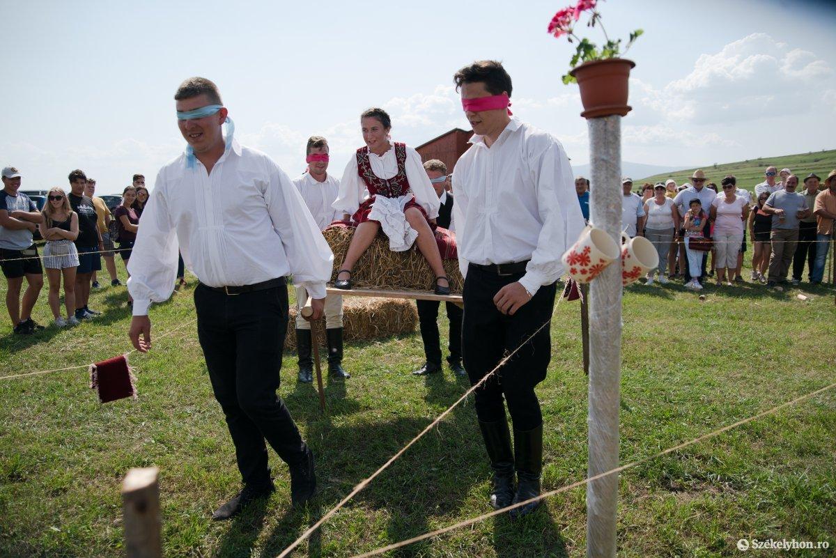 https://media.szekelyhon.ro/pictures/csik/aktualis/2019/05_augusztus/o_falun_az_olimpia_ga-9.jpg
